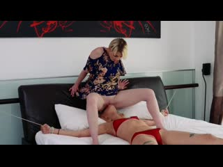 Bad Milfs Haley Reed and Marie McCray