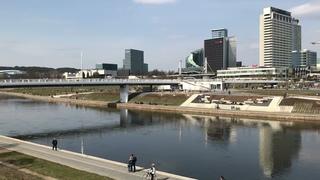 Прогулка с Natalex/382: от Белого до Зелёного моста под голубым небом #vilnius.
