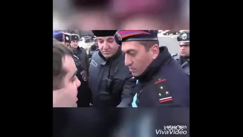 Армяне растоптали и сожгли жгут россий 640x360 360p mp4
